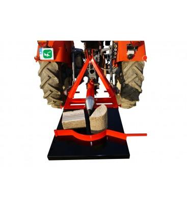 Тракторна цепачка за дърва